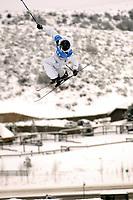 Winter X Games 2006 in der Disziplin Big Air - Andreas Håtveit (Norwegen) präsentiert seine Bronzemedaille -