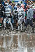 Spacemen avoid a giant puddle - The 2016 Glastonbury Festival, Worthy Farm, Glastonbury.