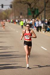 Brooke Wells at mile 19