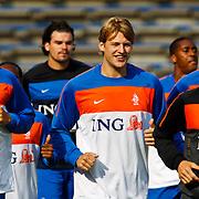 NLD/Katwijk/20100809 - Training van het Nederlands elftal, (VLNR) Jeffrey Bruma, keeper Piet Velthuizen, Glenn Loovens