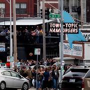 Kansas City Crossroads District First Friday pedestrian traffic