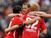 Fotball<br /> Tyskland<br /> 14.09.2008<br /> Foto: Witters/Digitalsport<br /> NORWAY ONLY<br /> <br /> Jubel 5:1 v.l. Szabolcs Huszti, Jan Schlaudraff, Mikael Forssell Hannover<br /> <br /> Bundesliga Hannover 96 - Borussia Mönchengladbach