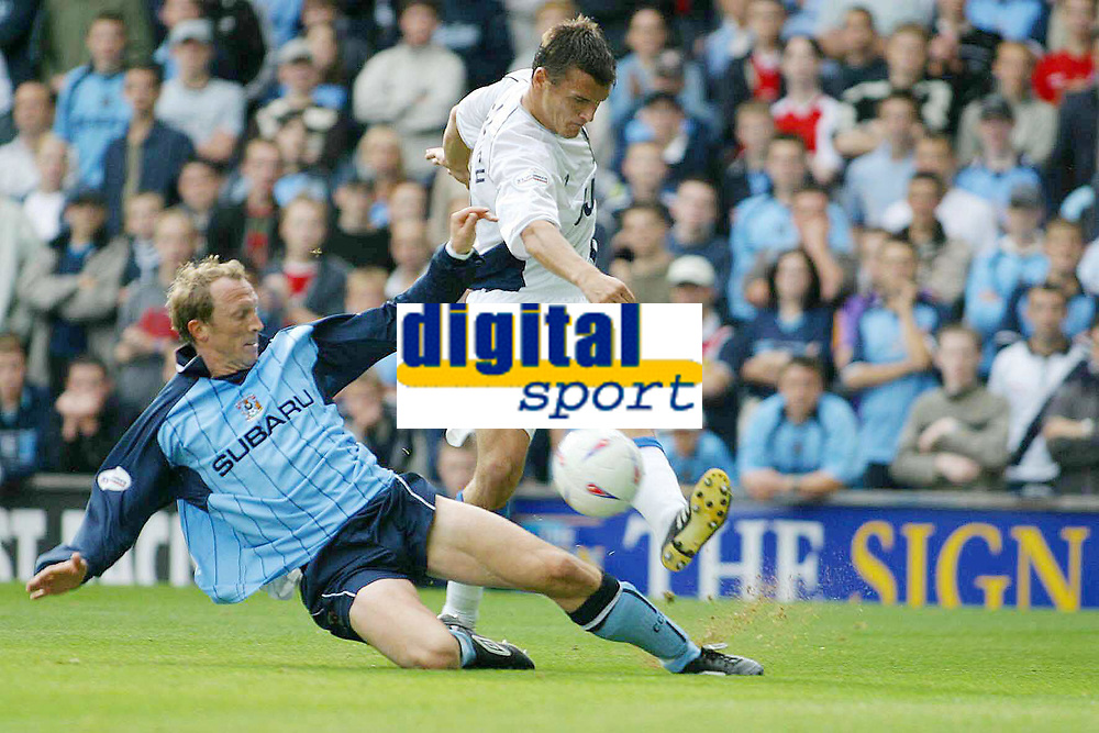 Photo: Jo Caird<br /> Coventry City v Wigan Athletic<br /> Nationwide Football League Div 1<br /> 27/09/2003.<br /> <br /> Andy Morrell (cov) v Lee McCulloch