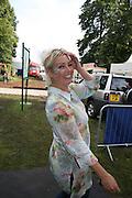 Kim Wilde, KIM WILDE TO HOSTS RHS ÔA MAGICAL GARDEN PARTY' -HAMPTON COURT PALACE FLOWER SHOW, 2 JULY 2007. DO NOT ARCHIVE-© Copyright Photograph by Dafydd Jones. 248 Clapham Rd. London SW9 0PZ. Tel 0207 820 0771. www.dafjones.com.