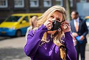 ROTTERDAM, 20-5-2021, A.S. Talmaschool <br /> <br /> Koningin Maxima, erevoorzitter van de stichting Meer Muziek in de Klas, in de speeltuin van de Rotterdamse wijk Crooswijk waar de koningin een interactief muziekspeeltoestel onthuld. FOTO: Brunopress/POOL/Frank van Beek<br /> <br /> Queen Maxima, honorary chairman of the Meer Muziek in de Klas foundation, in the playground of the Crooswijk district of Rotterdam, where the Queen unveiled an interactive music play set.