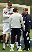 Photo: Paul Thomas.<br /> England Training. 06/10/2006.<br /> <br /> Peter Crouch, Wayne Rooney and Steve McClaren.