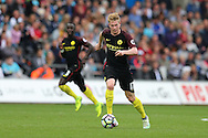 Kevin de Bruyne of Manchester city (c) in action.Premier league match, Swansea city v Manchester city at the Liberty Stadium in Swansea, South Wales on Saturday 24th September 2016.<br /> pic by Andrew Orchard, Andrew Orchard sports photography.
