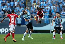 Lance da partida entre Gremio x Internacional válida pelo GRENAL 403 na Arena do Gremio, em Porto Alegre. FOTO: Jefferson Bernardes/ Agência Preview