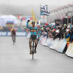 HEUSDEN-ZOLDER (BEL) cyclocross<br /> Op het circuit van Terlamen-Zolder streden de elite veldrijders om de mondiale titels in het veld. De titel ging naar de Belgische favoriet Wout van Aert
