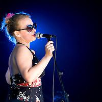 belleruche performing live at Festinho, a festival which raises money for the ABC Trust.