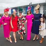 08.10.17.            <br /> Pictured at Limerick Racecourse for the  Keanes Most Stylish Lady competition were, Niamh moloney, Eimear Murphy, Sheila O'Sullivan, Tasha O'Connor, Jenny O'Farrell and Caoimhe Weston. Picture: Alan Place