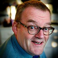 Nederland, Amsterdam.23 februari 2004..Clous van Mechelen, muzikant, comediant, bekend geworden van o.a. Sjef van Oekelshow en Waldolala.
