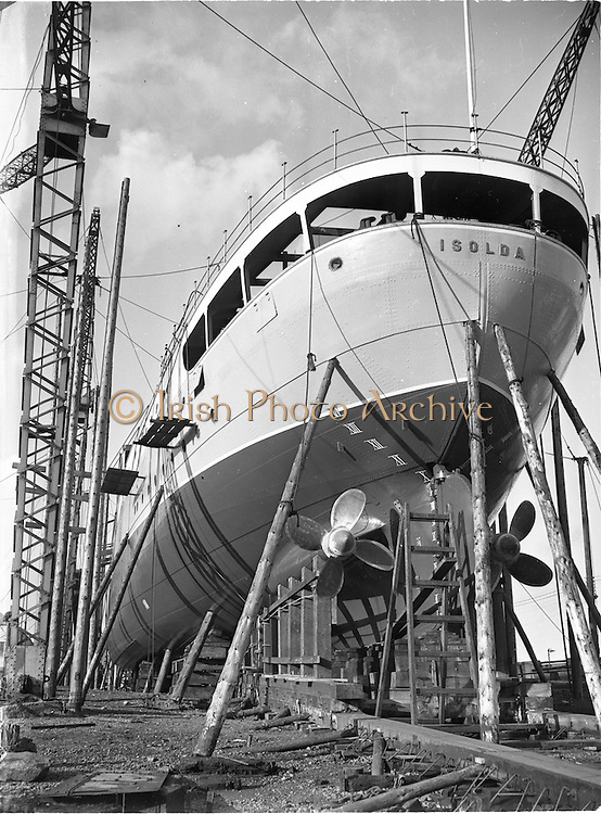 """17/09/1952<br /> 09/17/1952<br /> 17 September 1952<br /> Irish Lights, new ship """"Isolde"""" at the Liffey Dockyard. The """"Isolde"""" served with the Irish Lighthouse Service from 1953-1976, and was then sold to the Irish Naval Service. She was constructed by Liffey Dockyard Ltd."""