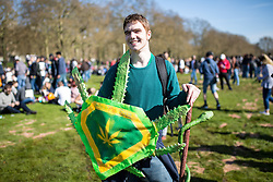 © Licensed to London News Pictures. 20/04/2016. London, UK. A demonstrator at the '4/20' demonstration in Hyde Park. Demonstrators gather on 20 April for the legalisation of cannabis. Photo credit : Tom Nicholson/LNP