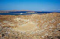 Grece, Ile de Delos, classee Patrimoine Mondial de l'UNESCO, site archeologique de Delos, sanctuaire d Apollon, dieu de la beaute et de la lumiere, la plus grande cite antique de la mer Egee, le theatre // Greece, Cyclades islands, Delos, Unesco world heritage, Delos, the most ancient archaeological site of the Aegean, Theatre