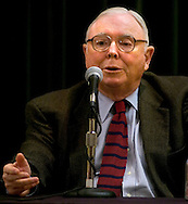 Omaha, Neb 5/7/06 Charlie Munger answers questions at the Berkshire Hathaway annual meeting press conference at the Marriott Hotel Sunday afternoon.(Chris Machian/Prairie Pixel Group)