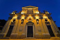 THEMENBILD - Die Lombardei ist eine norditalienische Region mit einer Fläche von 23.863 km und ca.9,8 Mio. Einwohnern. Sie ist in zwölf Provinzen aufgeteilt und liegt zwischen Lago Maggiore, Po und Gardasee. Bilder aufgenommen am 21. August 2013, im Bild Nachtaufnahme Westfassade Pfarrkirche Chiesa Sancto Ambrosio, Luganersee, Lago di Lugano, Porto Ceresio // THEMES PICTURE - Lombardy is a northern Italian region with an area of 23,863 km and a population of 9,8 Mio. It is divided twelve provinces and is situated between Lake Maggiore, Lake Garda and Po. Pictured on 2013/08/21. EXPA Pictures © 2013, PhotoCredit: EXPA/ Eibner/ Michael Weber<br /> <br /> ***** ATTENTION - OUT OF GER *****