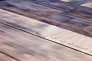 Nederland, Drenthe, Gemeente Borger-Odoorn, 01-05-2013; Veenkolonien, vlakverdeling van wijken en kanalen zoals resteerde nadat het turf steken in het hoogveen (vervening) gestaakt was. <br /> Noorderboerplaatsen, tussen Eerste Exloermond en Tweede Exloermond. Sproei-installatie op akker  (links, buiten beeld). <br /> Sprinkler system on field, reclaimed peatland.<br /> luchtfoto (toeslag op standard tarieven);<br /> aerial photo (additional fee required);<br /> copyright foto/photo Siebe Swart.