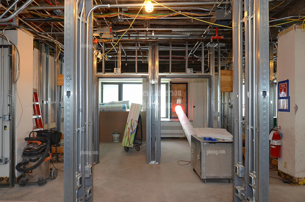 VA Medical Center West Haven ICU Step Down Expansion.VA Project No. 689-375   PAI Project No. 33656.00.Photographer: James R Anderson.Date of Photograph: 11 Spetember 2012   Time: 2:20 PM   Image No.: 04.