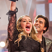 NLD/Hilversum//20170218 - Finale The Voice of Holland 2017, winnares Pleun Bierbooms en coach Waylon