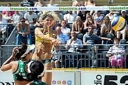 17-07-2014 NED: FIVB Grand Slam Beach Volleybal, Apeldoorn<br /> Poule fase groep G vrouwen - Barbara Seixas De Freitas from Brazil en Laura Ludwig GER