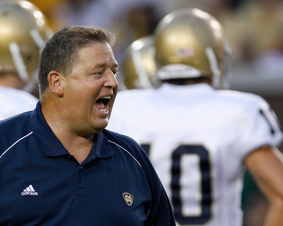 Notre Dame head coach Charlie Weis yells across the field before the game against Georgia Tech at Grant Field in Bobby Dodd Stadium in Atlanta, GA on September 2, 2006.  The Fighting Irish beat the Yellow Jackets 14-10.