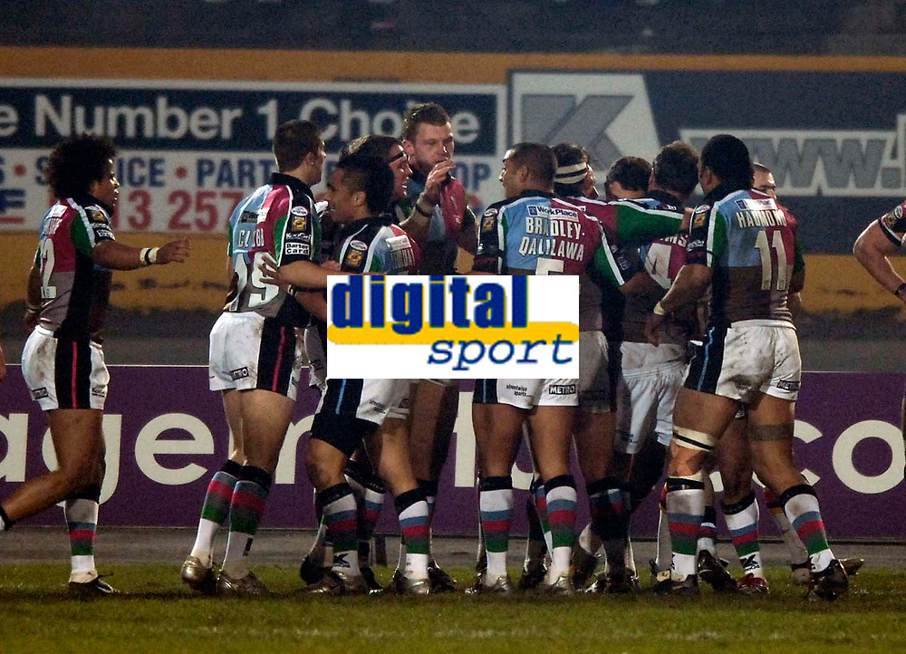 Photo: Jed Wee.<br />Bradford Bulls v Harlequins RL. Engage Super League. 18/02/2006.<br />Harlequins celebrate after their second try which gives them a surprise 12-6 lead at half time.