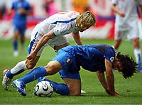 v.l.Pavel Nedved, Gennaro Gattuso Italien<br /> Fussball WM 2006 Tschechien - Italien<br /> Tsjekkia - Italia<br /> Norway only