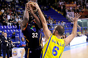 DESCRIZIONE : Porto San Giorgio Lega A 2013-14 Sutor Montegranaro Virtus Roma<br /> GIOCATORE : Trevor Mbakwe<br /> CATEGORIA : tiro penetrazione stoppata<br /> SQUADRA : Virtus Roma<br /> EVENTO : Campionato Lega A 2013-2014<br /> GARA : Sutor Montegranaro Virtus Roma<br /> DATA : 13/10/2013<br /> SPORT : Pallacanestro <br /> AUTORE : Agenzia Ciamillo-Castoria/C.De Massis<br /> Galleria : Lega Basket A 2013-2014  <br /> Fotonotizia : Porto San Giorgio Lega A 2013-14 Sutor Montegranaro Virtus Roma<br /> Predefinita :