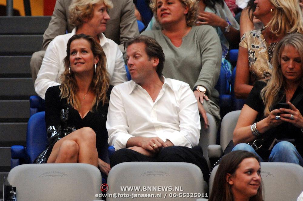 NLD/Amsterdam/20070602 - Toppers in Concert 2007, Paulien Huizinga en partner Michel Moll