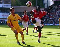 Photo: Olly Greenwood.<br />Charlton Athletic v Watford. The Barclays Premiership. 21/10/2006. Charlton's Souleymane Diawara and Watford's Tommy Smith