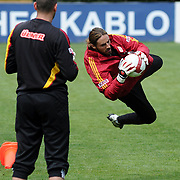 Galatasaray's players goalkeeper Aykut ERCETIN (L) during their training session at the Jupp Derwall training center, Tuesday, April 20, 2010. Photo by TURKPIX