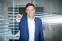 26 AUG 2021, BERLIN/GERMANY:<br /> Tobias Hans, CDU, Ministerpraesident Saarland, Parlamentsredaktion Berlin Rheinische Post<br /> IMAGE: 20210826-01-032