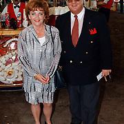 Premiere circus Louis Knie Den Haag, Tony Tetro met vrouw