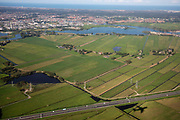 Nederland, Haarlem, 01-09-2018<br /> Uitzicht op Haarlem vanuit het vliegtuig. De schaduw van het vliegtuig is te zien.<br /> <br /> View on Haarlem, seen from an airplane.<br /> Foto: Bas de Meijer / De Beeldunie