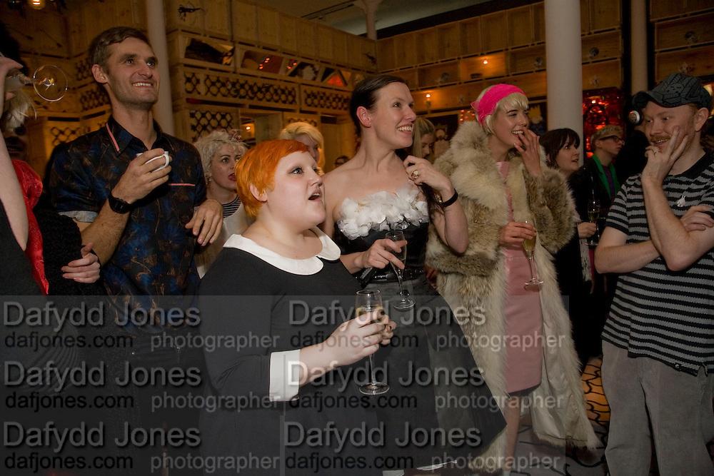 BETH DITTO; KATIE GRAND; AGYNESS DEYN;, Kate Grand hosts a Love Tea and Treasure hunt at Flash. Royal Academy. Burlington Gardens. London. 10 december 2008 *** Local Caption *** -DO NOT ARCHIVE-© Copyright Photograph by Dafydd Jones. 248 Clapham Rd. London SW9 0PZ. Tel 0207 820 0771. www.dafjones.com.<br /> BETH DITTO; KATIE GRAND; AGYNESS DEYN;, Kate Grand hosts a Love Tea and Treasure hunt at Flash. Royal Academy. Burlington Gardens. London. 10 december 2008