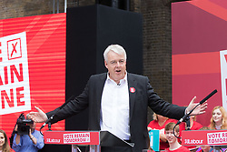 Kings Cross, London, June 22nd 2016. A final rally by members of the Labour Party's Vote Remain team is held in King's Cross, bringing London mayor Sadiq Khan, Welsh first minister Carwyn Jones, Labour In For Britain head Alan Johnson and Scottish leader Kezia Dugdale and Party Leader Jeremy Corbyn in a show of unity as they express the importance of a Remain vote. PICTURED: Welsh first minister Carwyn Jones addresses the crowd.