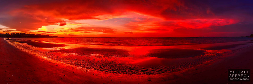 """A spectacular sunset in the """"Wet Season"""", the result of dissipating thunderstorms, as viewed from Mindil Beach, near Darwin.<br /> <br /> Code: HATD0015"""