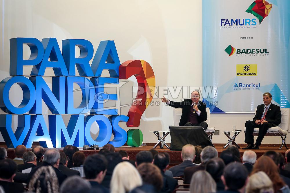 Paulo Ziulkoski, presidente da CNM, debate a Pauta Municipalista Estadual e Nacional durante o 34º Congresso de Municípios, no Plaza São Rafael, em Porto Alegre. FOTO: Jefferson Bernardes/ Agência Preview