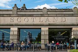 Cafe outside entrance to National Galleries of Scotland in Princes Street Gardens Edinburgh, Scotland, UK