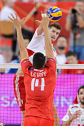 14.09.2014, Luczniczka Hall, Bydgoszcz, POL, FIVB WM, Polen vs Frankreich, 2. Runde, Gruppe E, im Bild Piotr Nowakowski, Nicolas Le Goff // during the FIVB Volleyball Men's World Championships 2nd Round Pool F Match beween Poland and France at the Luczniczka Hall in Bydgoszcz, Poland on 2014/09/14. EXPA Pictures © 2014, PhotoCredit: EXPA/ Newspix/ Mariusz Palczynski<br /> <br /> *****ATTENTION - for AUT, SLO, CRO, SRB, BIH, MAZ, TUR, SUI, SWE only*****