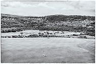 08-11-2017 Foto's genomen tijdens een persreis naar Buffalo City, een gemeente binnen de Zuid-Afrikaanse provincie Oost-Kaap. Olivewood Private Estate - Golf Club - Siviwe Duma met uitzicht op township