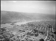 9969-1387 Aerial view of the University Park and St. Johns districts of Portland, Oregon. March 20, 1934
