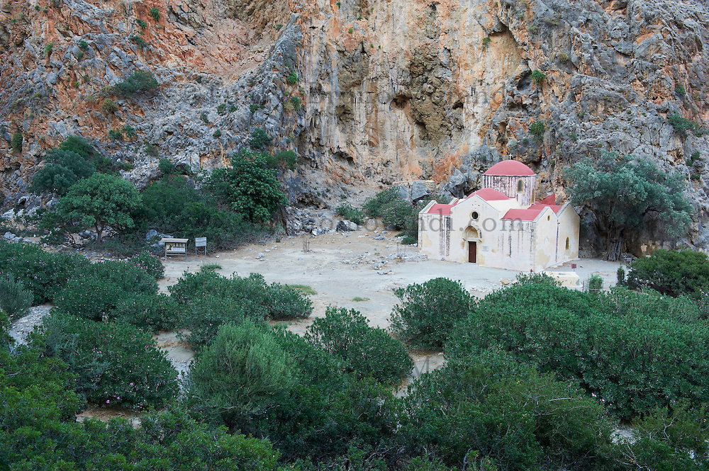 Grece, Crete, Matala, gorges de Agiofarango, eglise de Agios Antonios // Greece, Crete, Matala, Agiofarango gorge, Agios Antonios church in the gorge