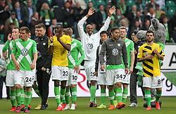 Football: Germany, 1. Bundesliga, VfL Wolfsburg - Borussia Dortmund (BVB), Wolfsburg - 16.05.2015,<br /> Naldo (Wolfsburg) celebrates with team mates at the end of the match<br /> <br /> © pixathlon<br /> <br /> +++ NED out !!! +++