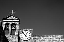 Campanile e orologio  della chiesa di San Dana