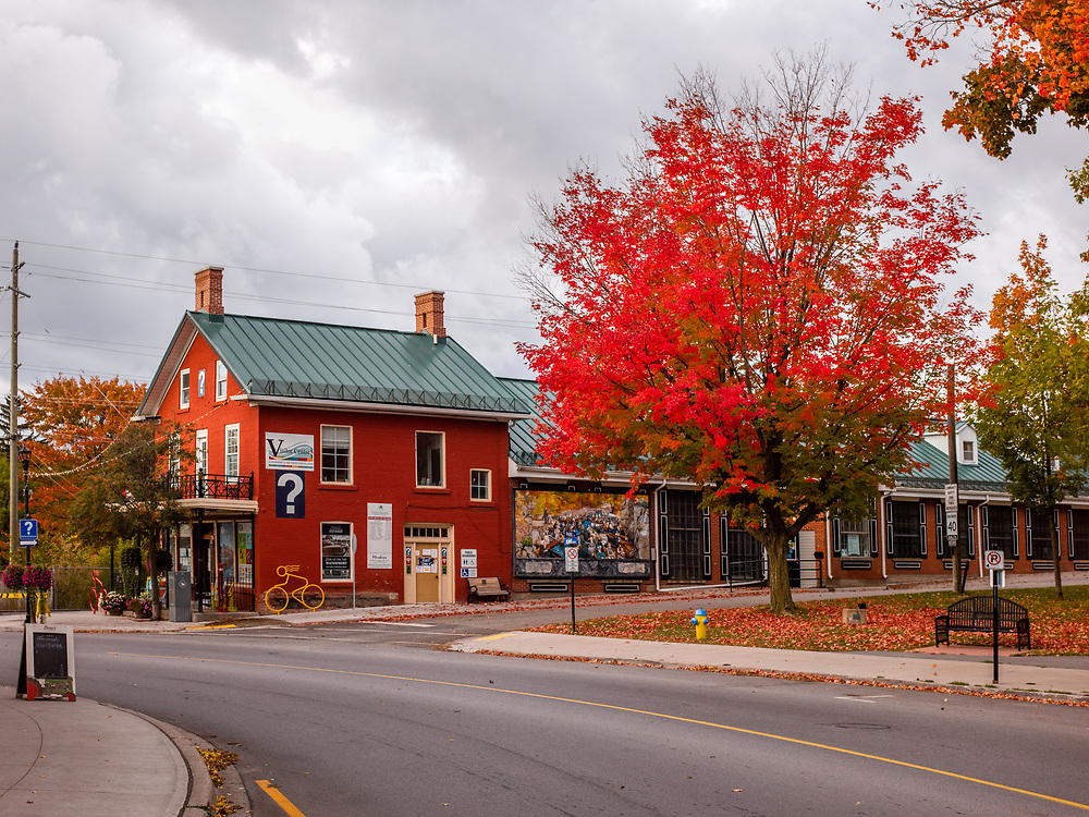 https://Duncan.co/visitor-center-library-and-fall-color