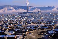Mongolie, Ulaan Batar (Oulan Bator), Quartier des yourtes // Mongolia, Ulaan Batar suburb, Yourt area