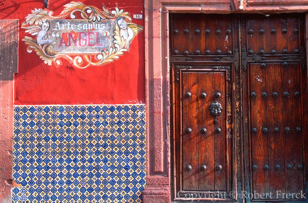 MEXICO, SAN MIGUEL ALLENDE shop sign, door and handpainted, tiles
