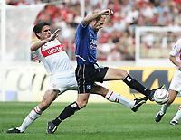 Fotball, 11. september 2004, Bundeliga, Borussia <br /> Bundesliga VfB Stuttgart - Hamburger SV<br /> v.l. Zvonimir SOLDO VfB, Sergej BARBAREZ